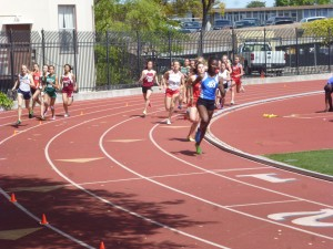 Nijae Jones rounds the turn in route to victory is the 800m at Serra Invitational.