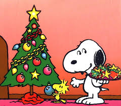 Snoopy and Christmas tree